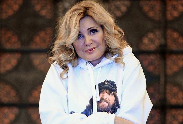 Вика Цыганова рассказала о домогательствах покойного Кобзона