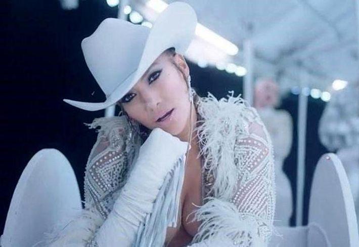 Дженнифер Лопес получила титул «Иконы стиля»