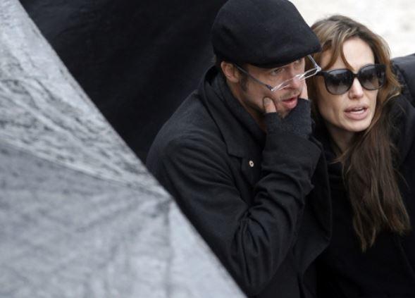 Анджелина Джоли и Брэд Питт официально расторгли брак