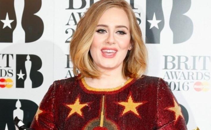 Британская певица Адель рассталась с супругом
