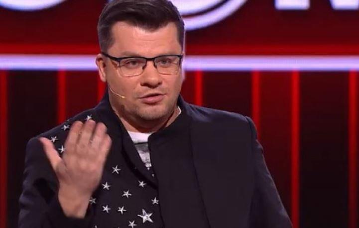 Гарик Харламов не удержался от шуток над похоронившей мать Гузеевой