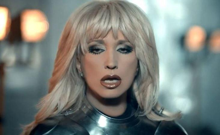 Аллегрова решила поддержать Шейк песней «Угонщица»