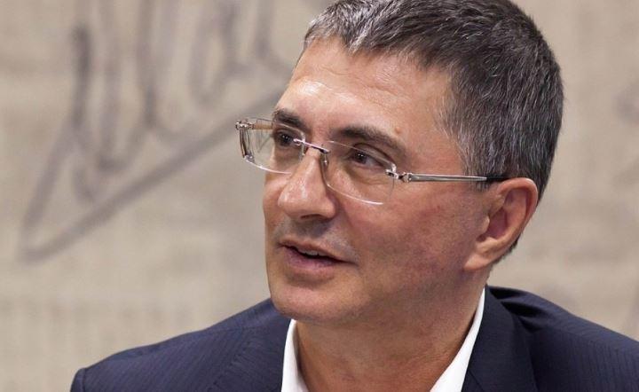 Доктор Мясников прокомментировал шансы на выздоровление Заворотнюк