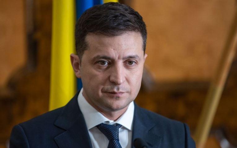 Зеленский требует уменьшить тарифы на отопление для украинцев